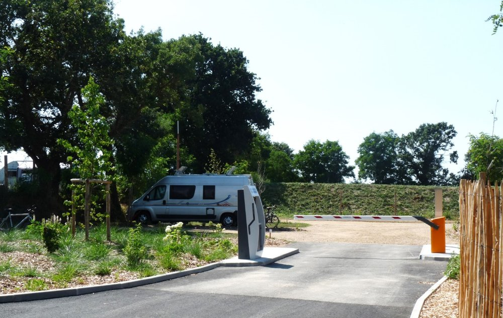 Aire camping-car à Chapelle-Hermier (85220) - Photo 2